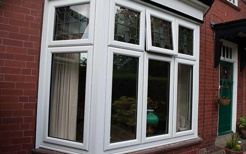 Bay windows croydon bromley upvc windows london for Bow window construction detail